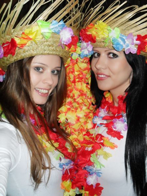 Hostesky Hawai party